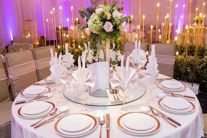 Set up bàn tiệc trở nên dễ dàng, đẹp hơn với dịch vụ tiệc lưu động