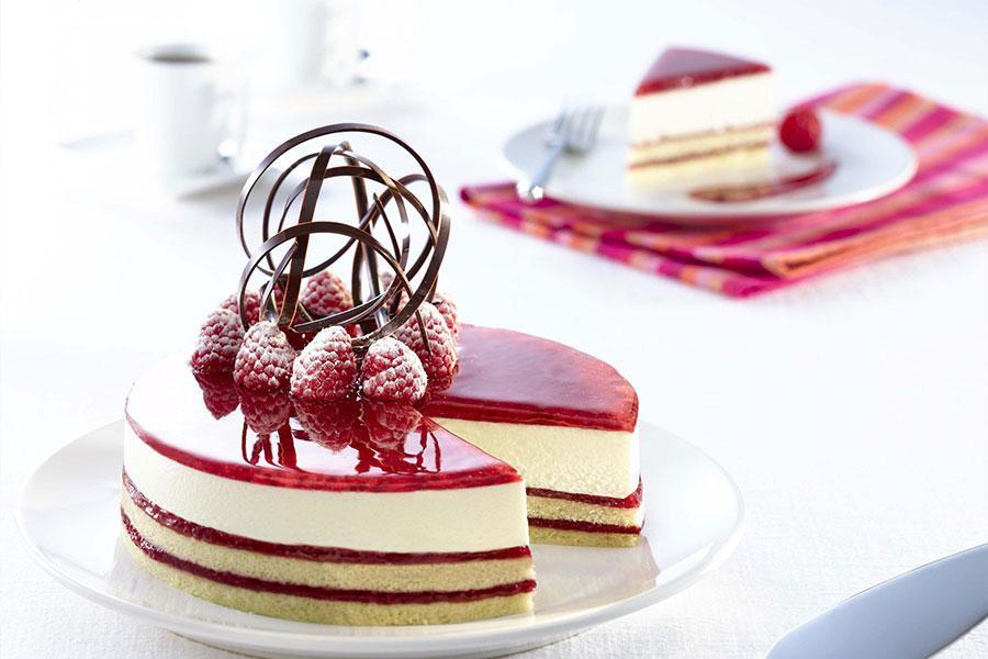 Top 5 loại bánh ngon để đãi tiệc liên hoan thêm phần ấn tượng