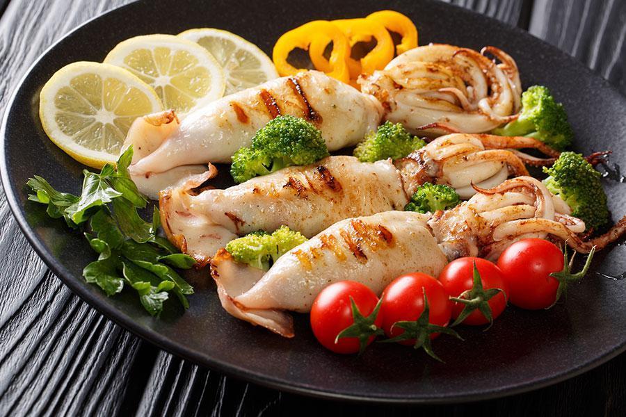 Bí quyết lên thực đơn tiệc liên hoan ấn tượng với các món ăn sang chảnh