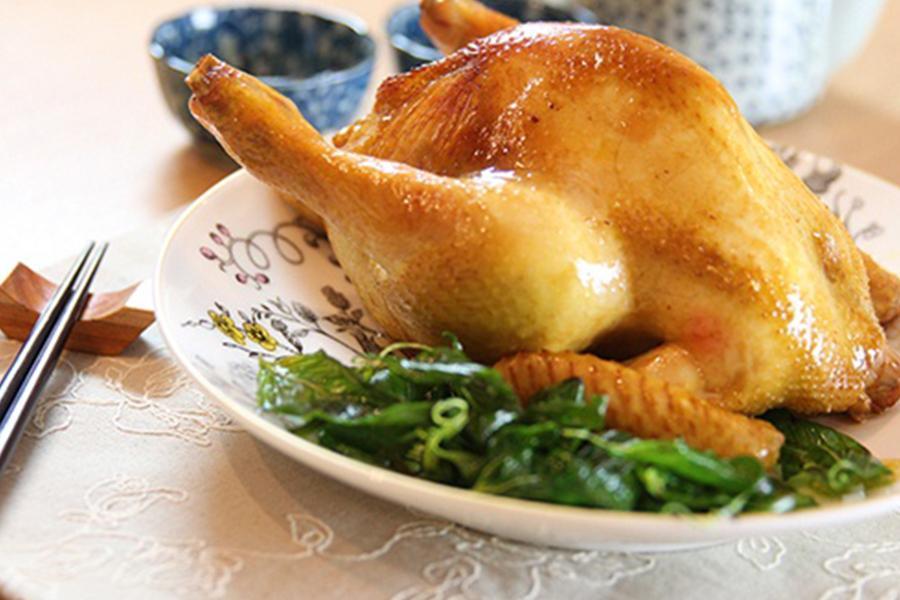 Dịch vụ nấu ăn quận 3 - Mách bạn cách làm gà nhồi xôi thơm ngon đúng vị